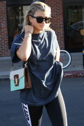 Sofia Richie - Leaves Sev Laser Hair Removal in Melrose Place in Los Angeles 10/8/2016