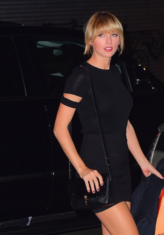 Taylor Swift Night Out Style - New York City 10/12/2016