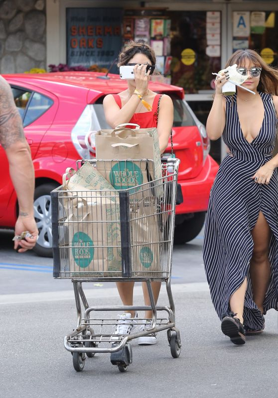 Vanessa and Stella Hudgens - Leaving Whole Foods in Studio City 10/16/ 2016