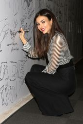 Victoria Justice - AOL Build Series