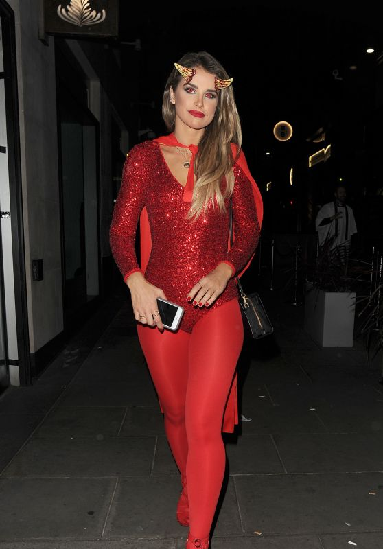 Vogue Williams - M Restaurant Halloween Fête Party 10/29/ 2016