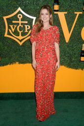 Zoey Deutch – Veuve Clicquot Polo Classic in Los Angeles 10/15/2016