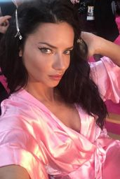 Adriana Lima – Victoria's Secret Fashion Show 2016 Backstage