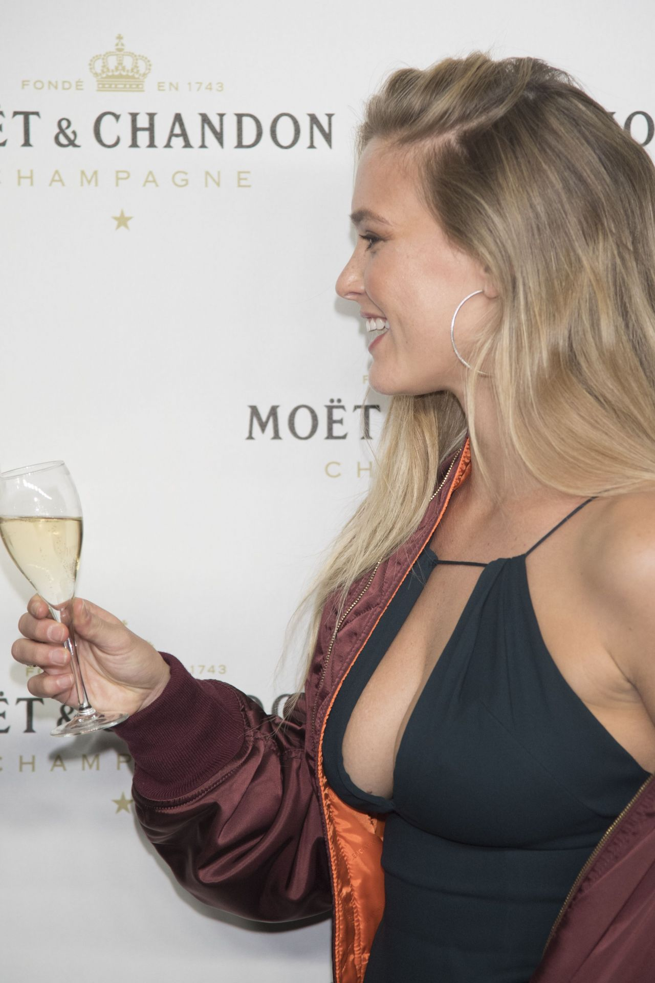 Bar Refaeli Moet Amp Chandon Party In Madrid 11 29 2016