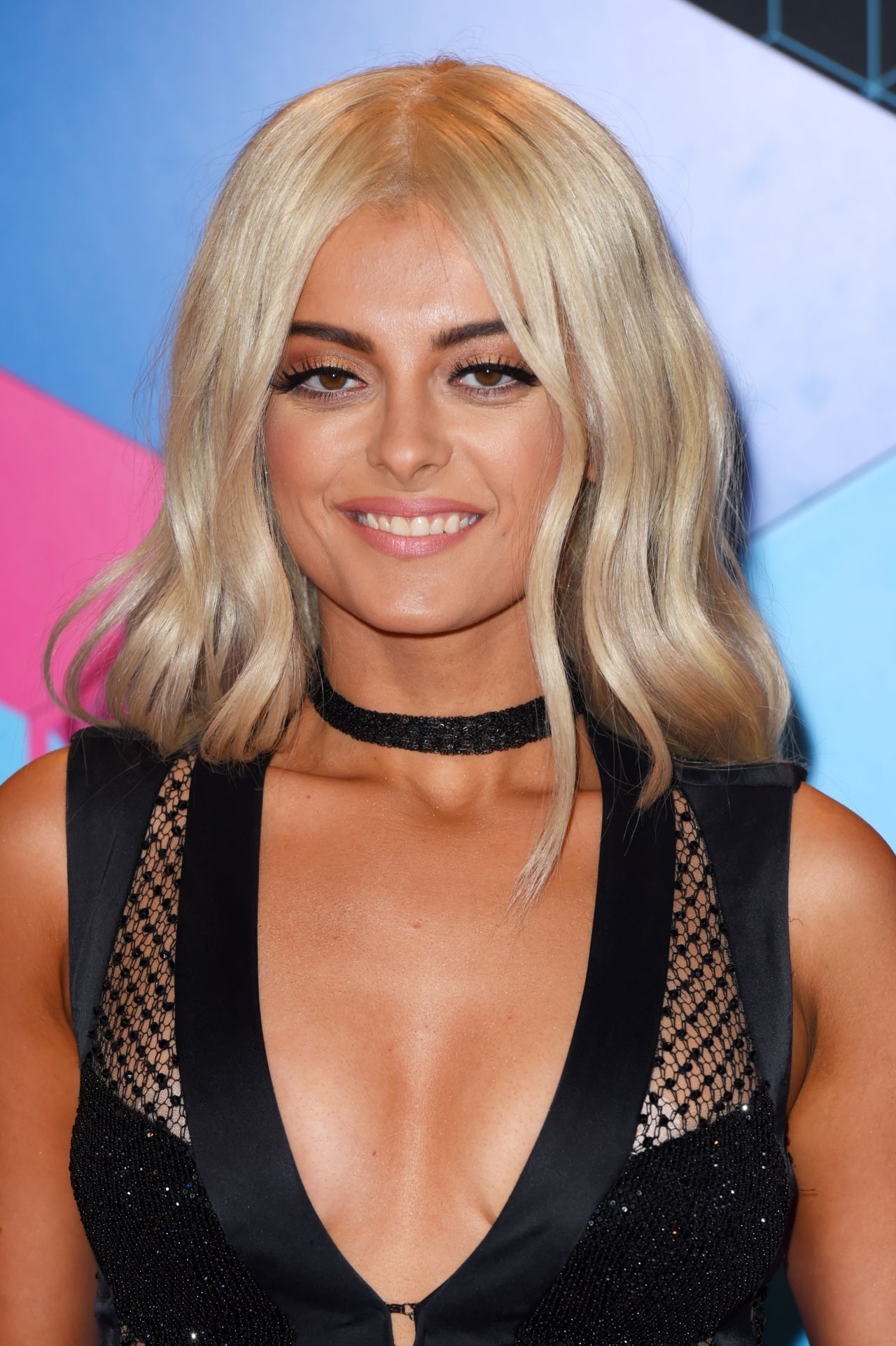 Official website of the New York City singersongwriter Bebe Rexha Sign up to receive email updates about the latest news and music