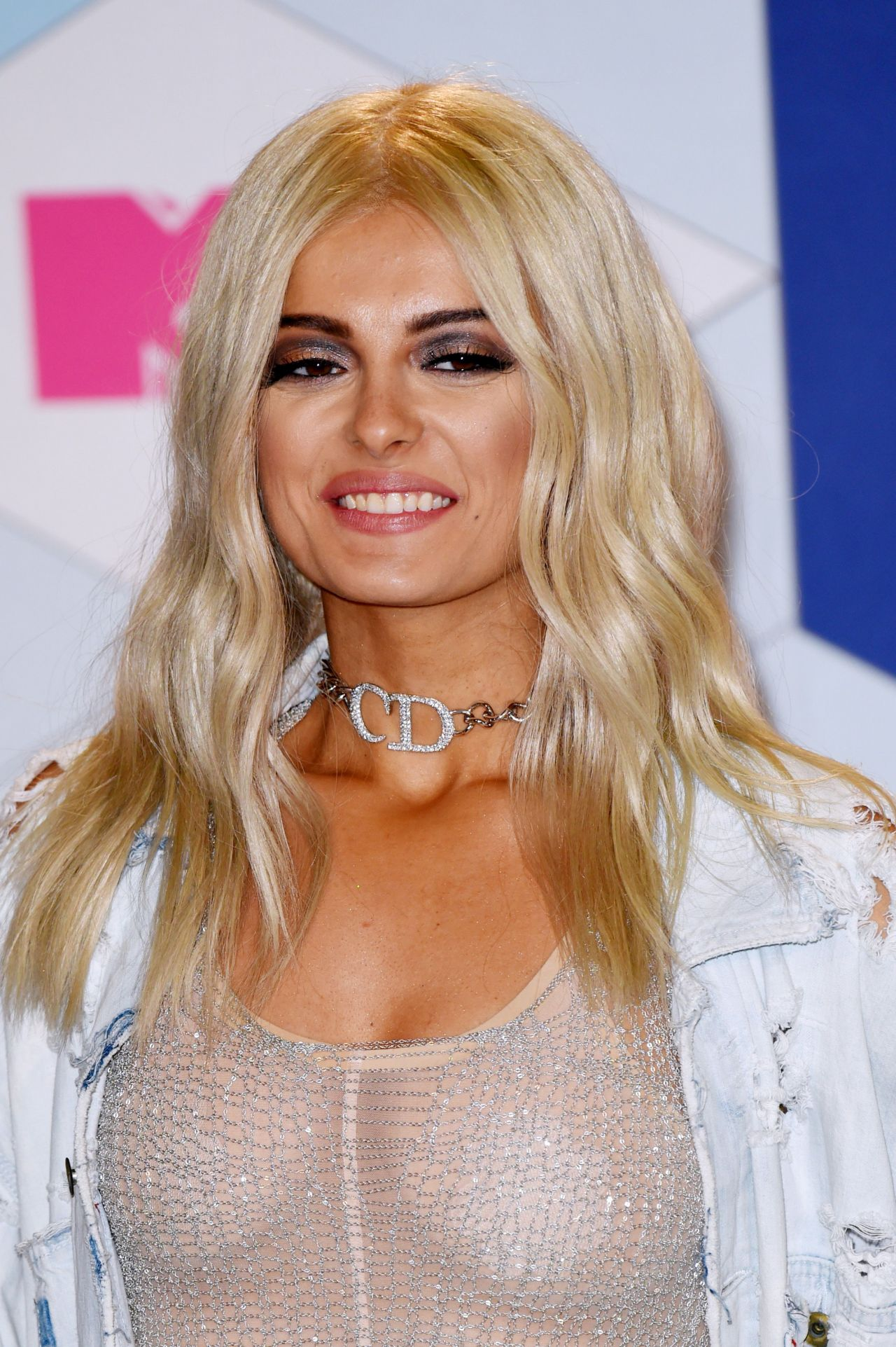 Bebe Rexha Mtv Europe Music Awards In Rotterdam 11 6 2016