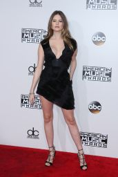 Behati Prinsloo – 2016 American Music Awards in Los Angeles