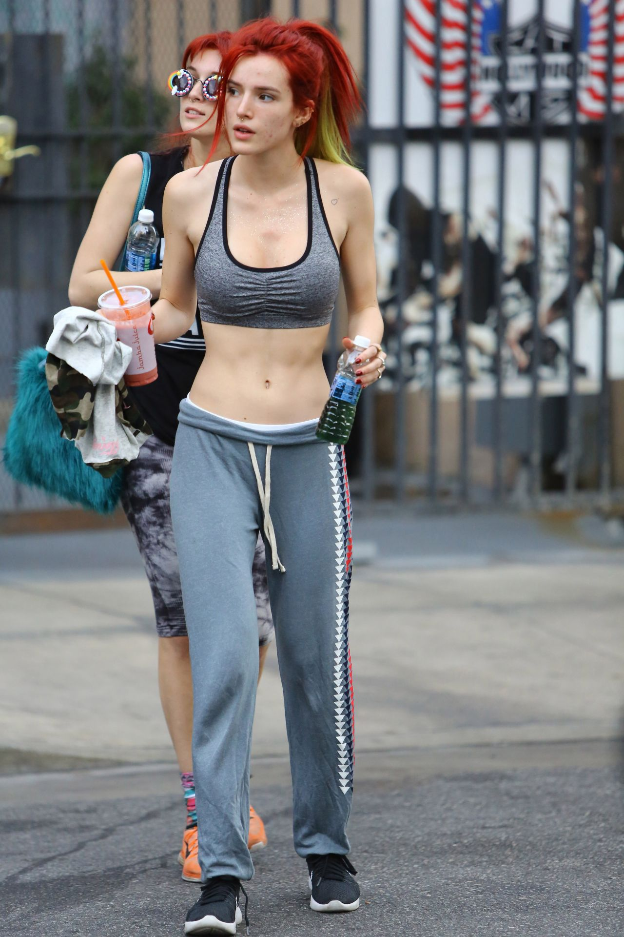 Bella Thorne Street Style Out Hollywood 11 15 2016