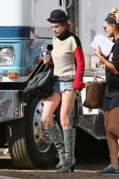 Bella Thorne Street Style - Out in Los Angeles 11/12/ 2016