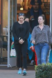 Ben Affleck and Jennifer Garner - Santa Monica, California 10/31/ 2016