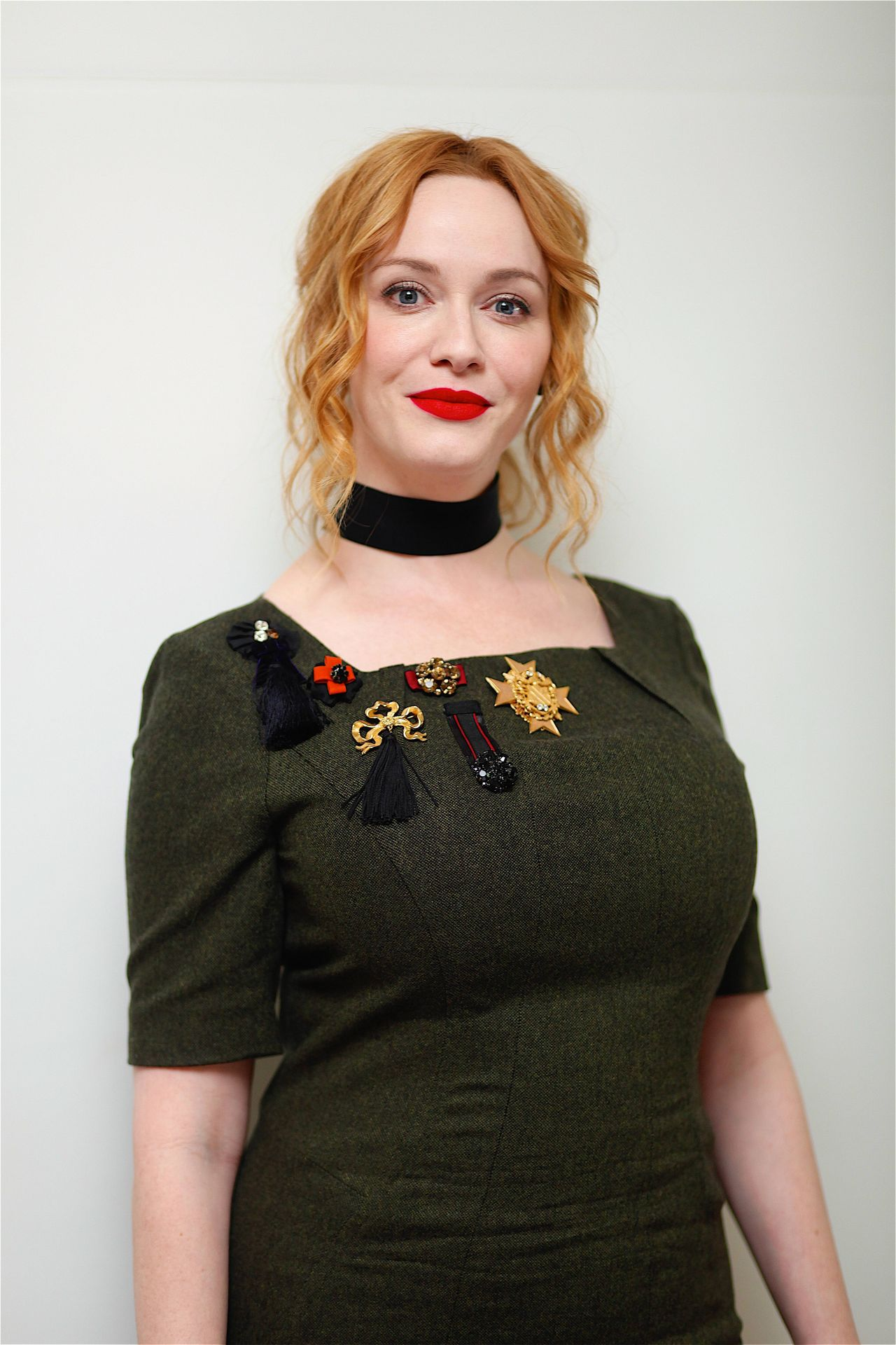 Christina Hendricks – 'Bad Santa' Press Conference in ... Christina Hendricks