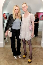 Dakota Fanning & Elle Fanning - Anton Yelchin Photography Exhibit Opening in LA 11/5/2016