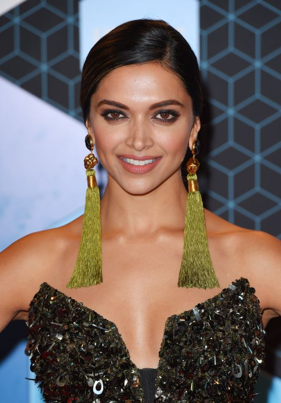 Deepika Padukone – MTV Europe Music Awards in Rotterdam 11/6/2016