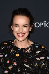 Elizabeth Henstridge - Baby Ball Gala in Los Angeles 11/11/ 2016