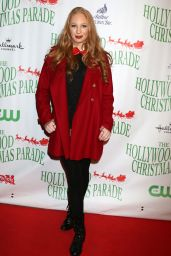 Elizabeth Stanton – 85th Annual Hollywood Christmas Parade in Hollywood 11/27/ 2016