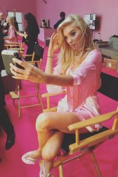 Elsa Hosk – Victoria's Secret Fashion Show 2016 Backstage