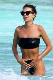 Emily Ratajkowski Hot in Black Bikini - Beach In Cancun, Mexico 11/22/ 2016