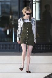 Emma Roberts Casual Style - Los Angeles, California 11/7/2016