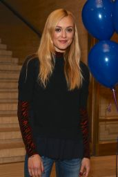 Fearne Cotton - Book People's Bedtime Story Competition Awards in London 11/3/ 2016