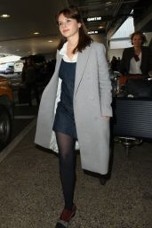 Felicity Jones - Arrives at LAX Airport in Los Angeles 11/8/ 2016