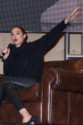 Gal Gadot - Rhode Island Comic Con in Providence, November 2016
