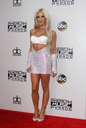 Gigi Gorgeous – 2016 American Music Awards in Los Angeles