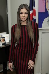 Hailee Steinfeld - A Conversation On Trailblazers Women In The Workplace with Ariana Huffington & Sophie Watts, NYC 11/17/ 2016