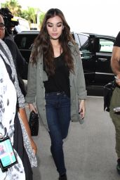 Hailee Steinfeld - LAX Airport in Los Angeles 11/15/ 2016
