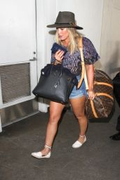 Hilary Duff at LAX in Los Angeles 11/10/ 2016