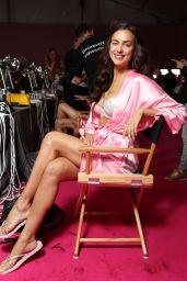 Irina Shayk – Victoria's Secret Fashion Show 2016 Backstage