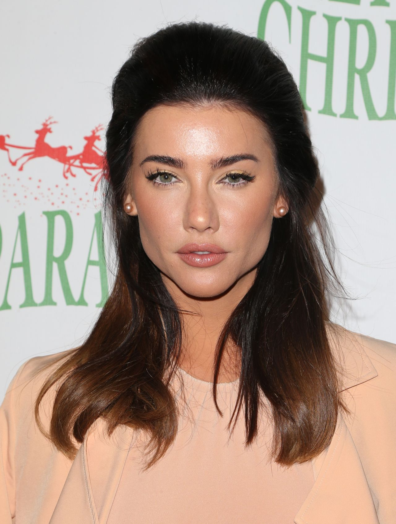 Cleavage Young Jacqueline MacInnes Wood naked photo 2017