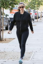 Jennifer Garner - Out for Coffee in Santa Monica 11/7/ 2016