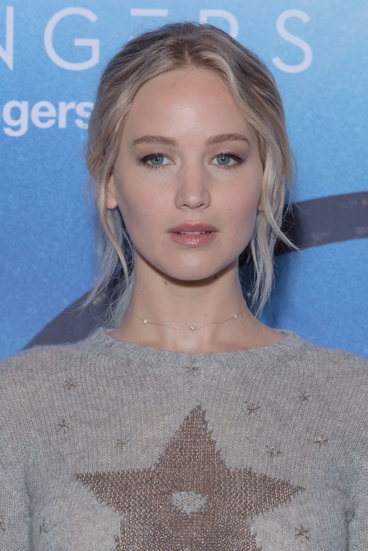Jennifer Lawrence - 'Passengers' Photocall in Paris 11/29 ... Jennifer Lawrence