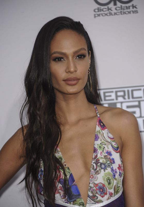 Joan Smalls – 2016 American Music Awards in Los Angeles