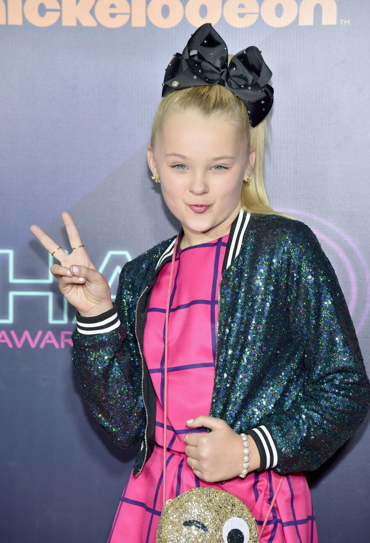Jojo siwa nickelodeon halo awards 2016 in new york city for New pictures