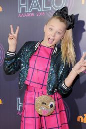 JoJo Siwa – Nickelodeon HALO Awards 2016 in New York City