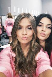 Josephine Skriver & Kendall Jenner – Victoria's Secret Fashion Show 2016 Backstage