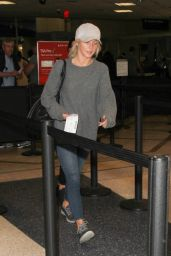 Julianne Hough at LAX Airport in Los Angeles 11/09/2016