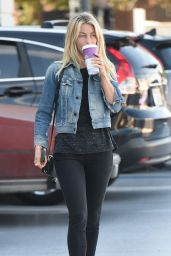 Julianne Hough Gets Coffee Wearing No Make Up in Los Angeles 11/7/2016