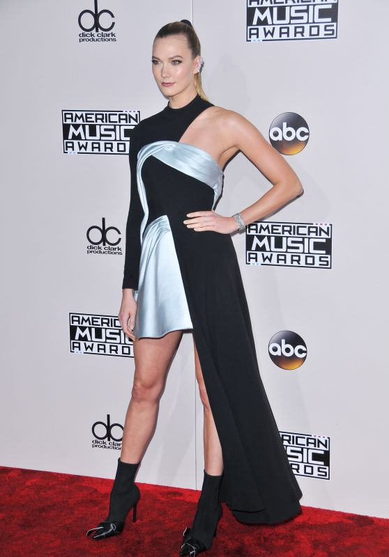 Karlie Kloss – 2016 American Music Awards in Los Angeles