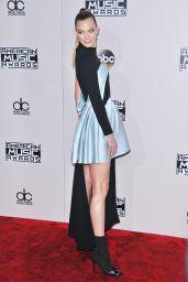 Karlie Kloss – 2016 American Music Awards in Los Angeles