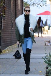 Karlie Kloss Autumn Style - New York, November 2016