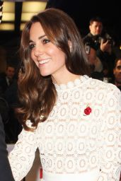 Kate Middleton – 'A Street Cat Named Bob' Premiere in London