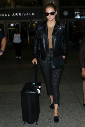Kate Upton at LAX Airport in Los Angeles 11/6/ 2016