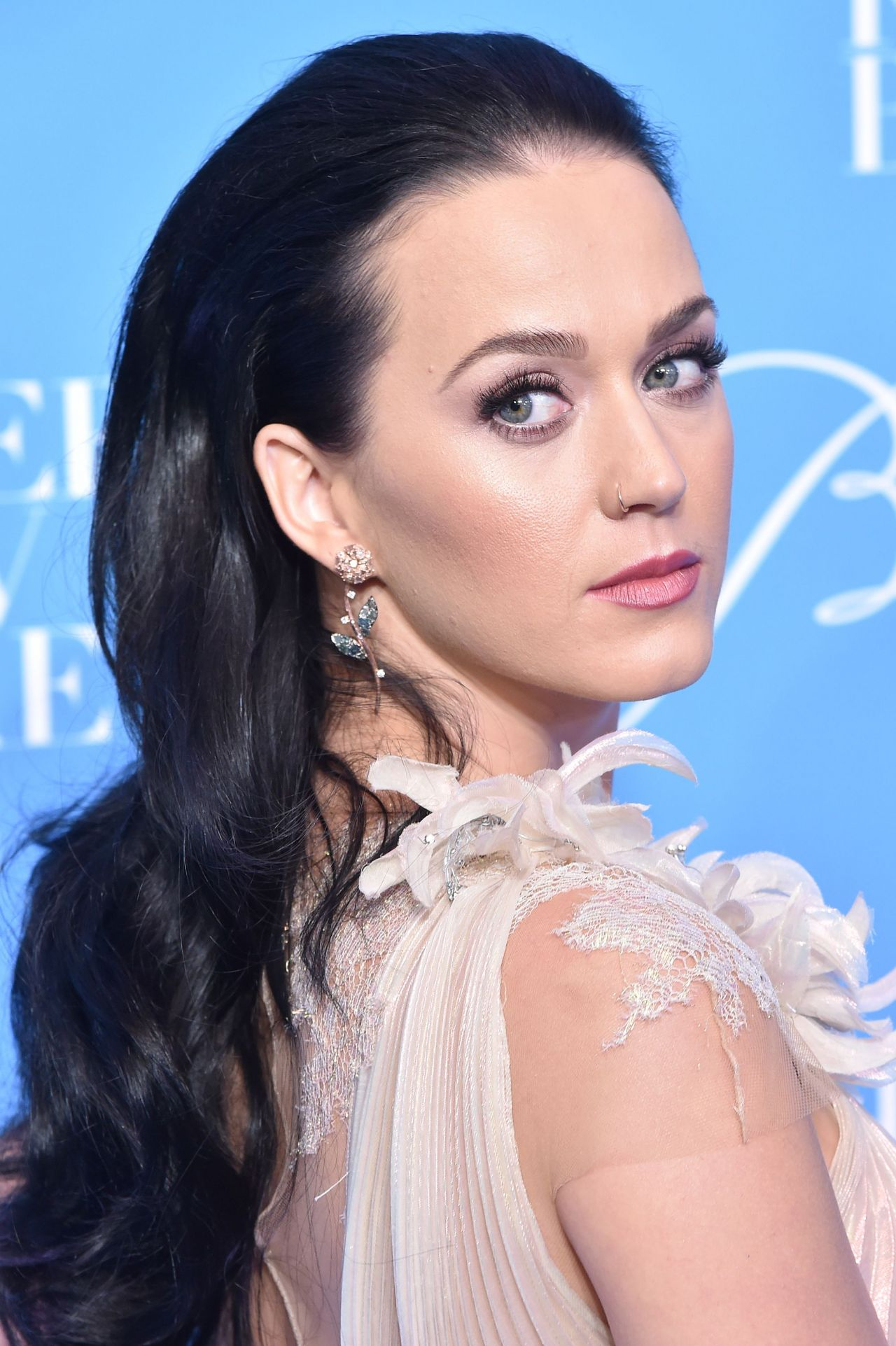 Katy Perry – UNICEF's Snowflake Ball in New York – 11/29/ 2016