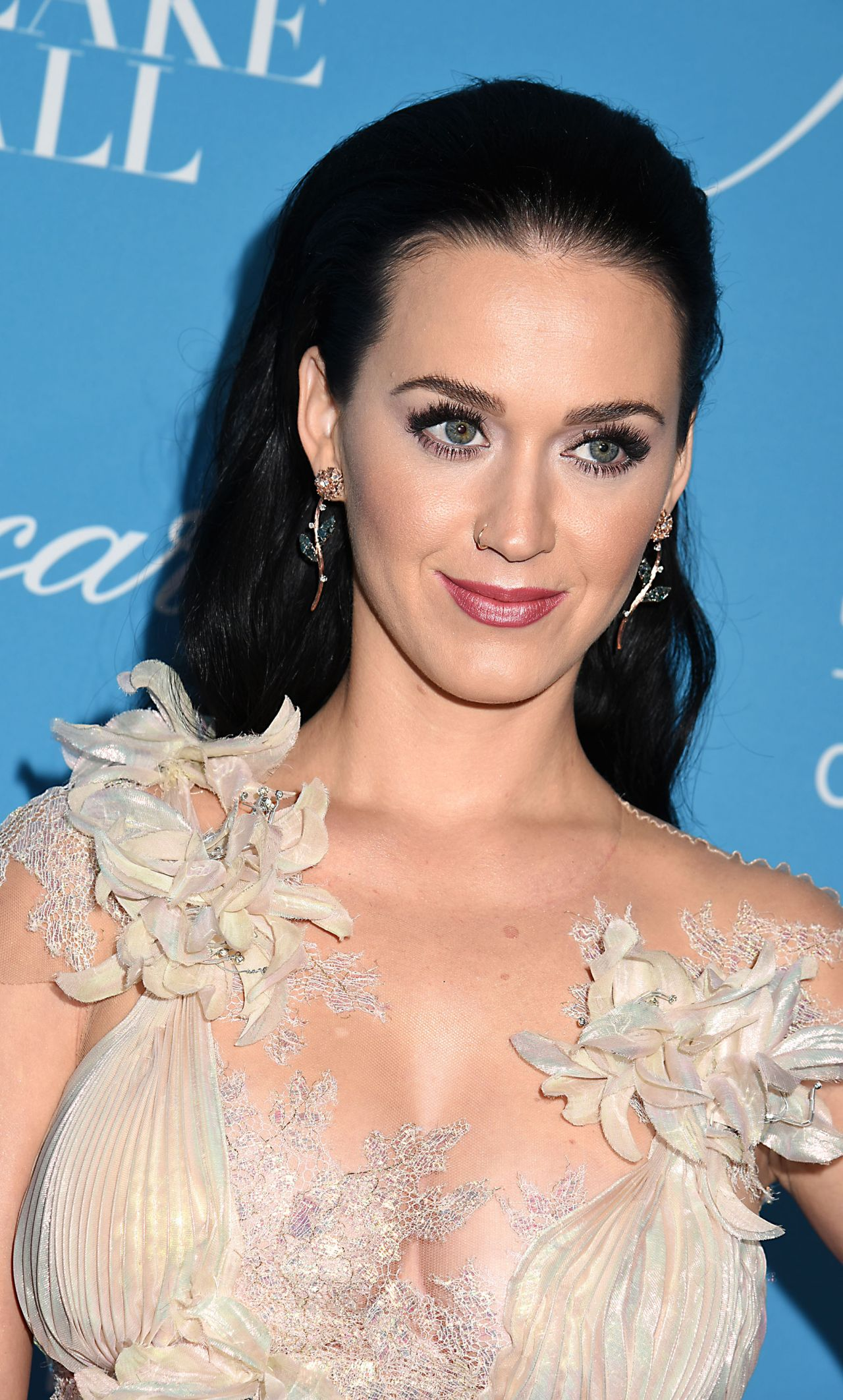 Katy Perry Unicef S Snowflake Ball In New York 11 29 2016