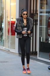 Kelly Gale Urban Street Style - Paris 11/29/ 2016