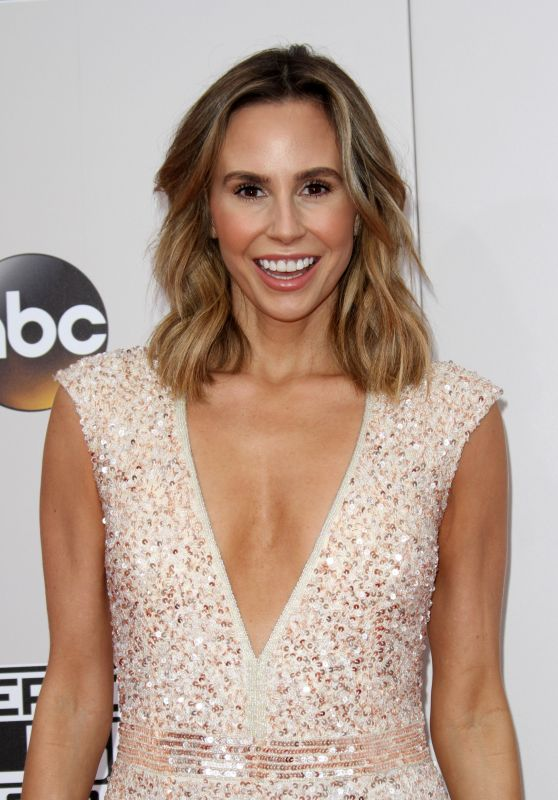 Keltie Knight – 2016 American Music Awards in Los Angeles