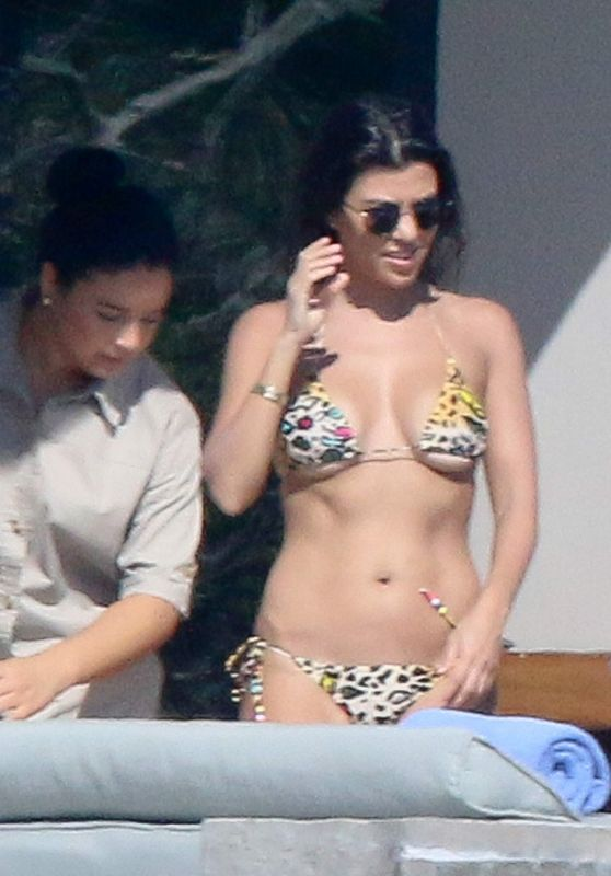 Kourtney Kardashian Bikini Candids - Los Cabos 11/12/ 2016