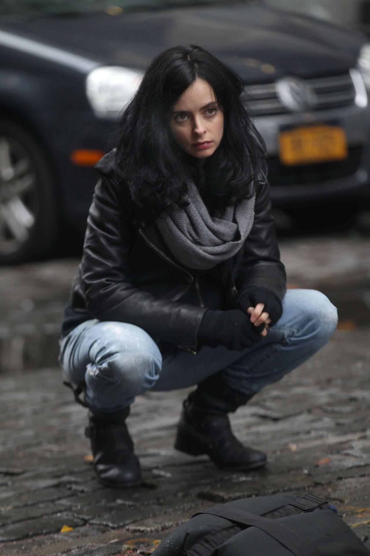 Krysten Ritter - 'Jessica Jones' Set in NYC 11/15/ 2016